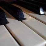 Play Cocktail Piano!