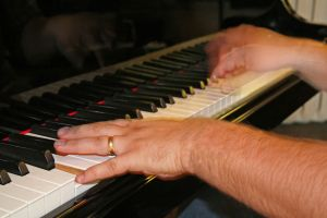 Piano Improvisation: Melodic Embellishment