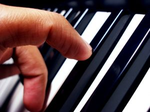 Cocktail Piano Chords: Open Voicing and Then Some…